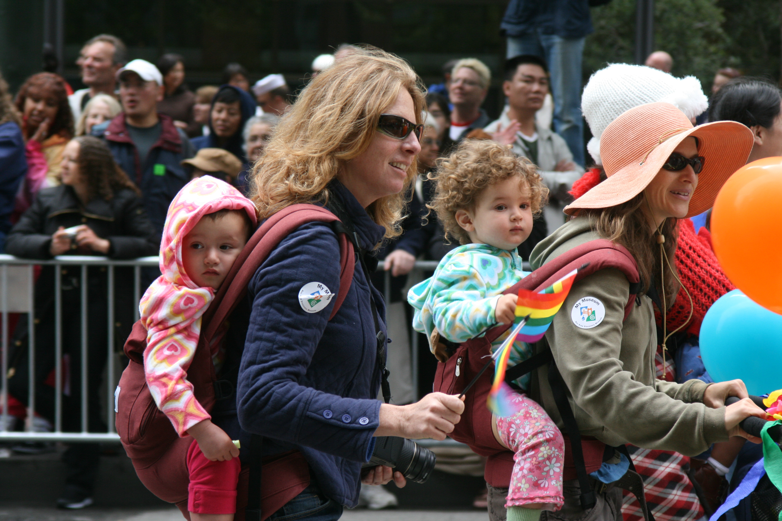Children living with female same-sex couples have 40 percent more focused time with their parents